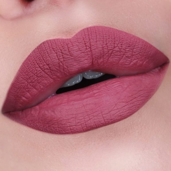 Jeffree-Star-Calabasas-Swatch-The-Beautynerd-01-1024x1024